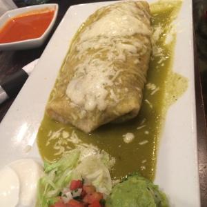 Las Cascada Burrito